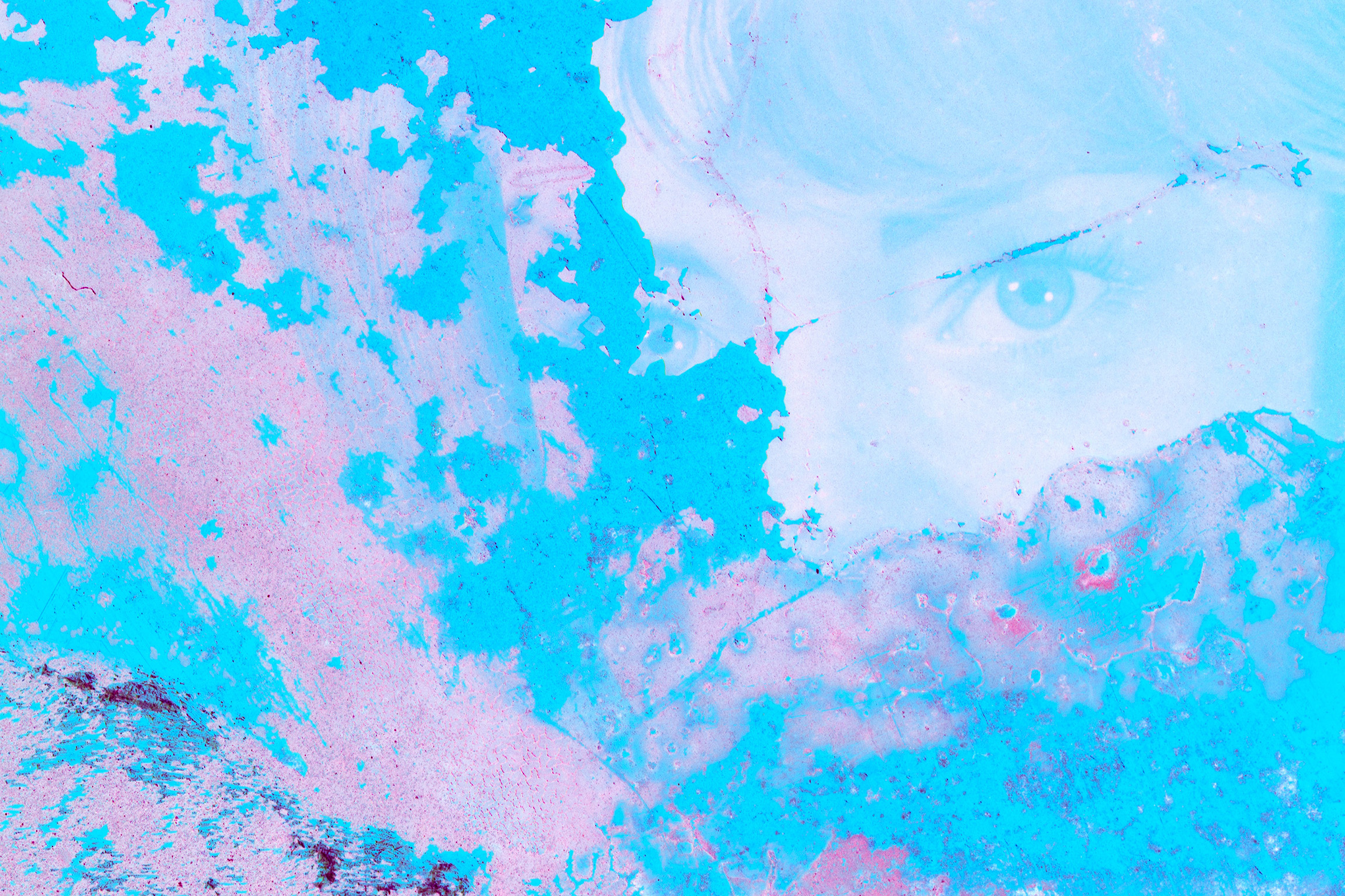Blue_and_Pink_Single_Eye (1).jpg
