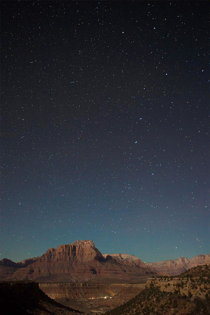 zion-national-park-virgin-utah-night-stars-clear-sky-red-rock.jpg