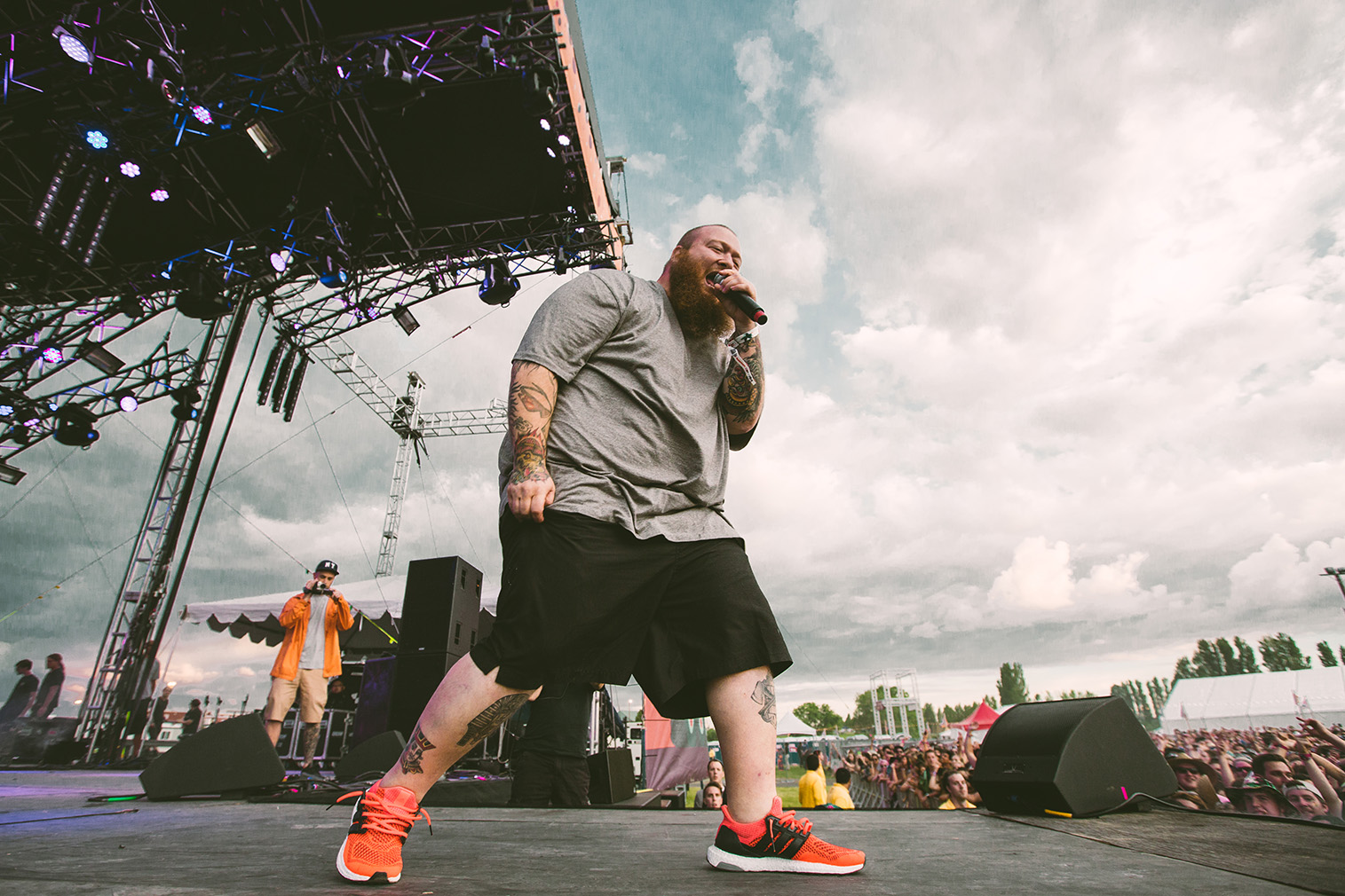 action-bronson-sasquatch-music-festival-bigfoot-stage-2015-nike.jpg