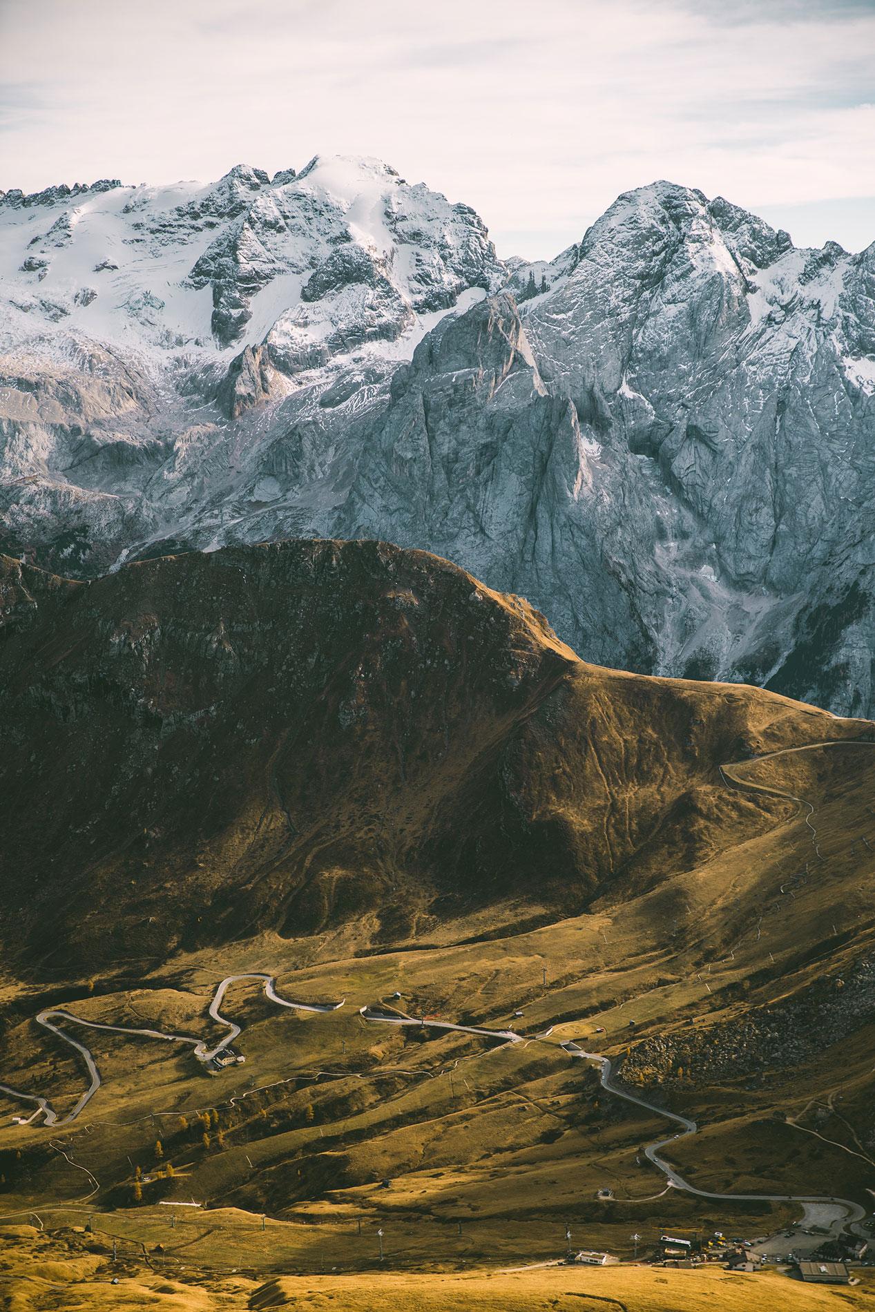 view-from-sass-pordoi-sass-pardoi-italy-dolomites-mountains-2017-october-snow-glacier.jpg