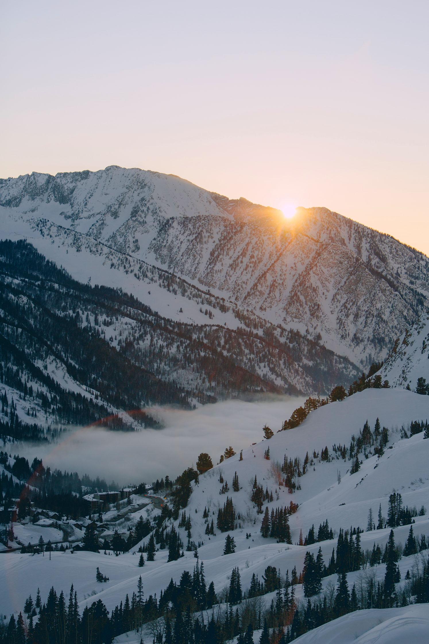 little-cottonwood-canyon-sunset-winter-sun-clear.jpg