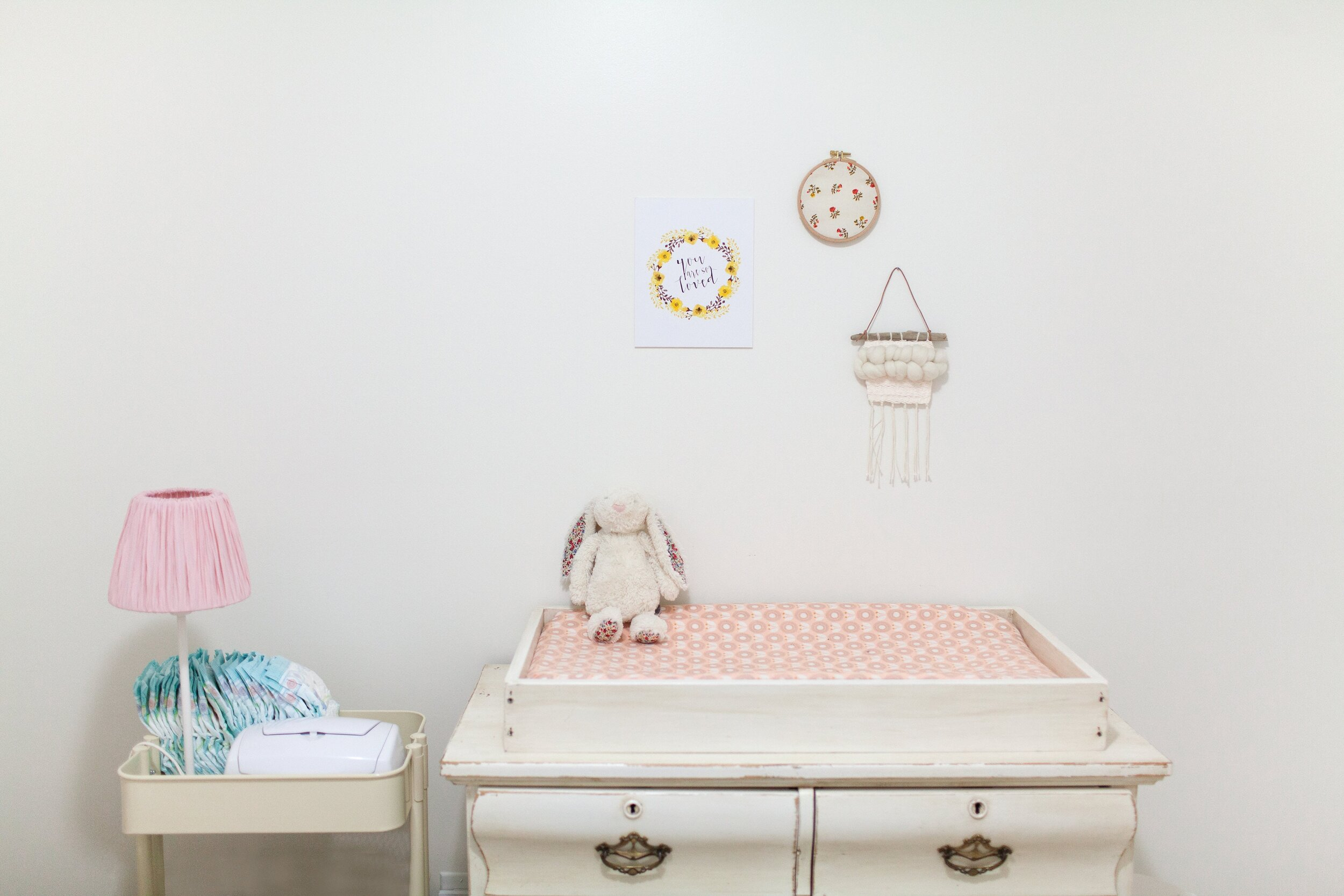 baby-bedroom-child-374668.jpg