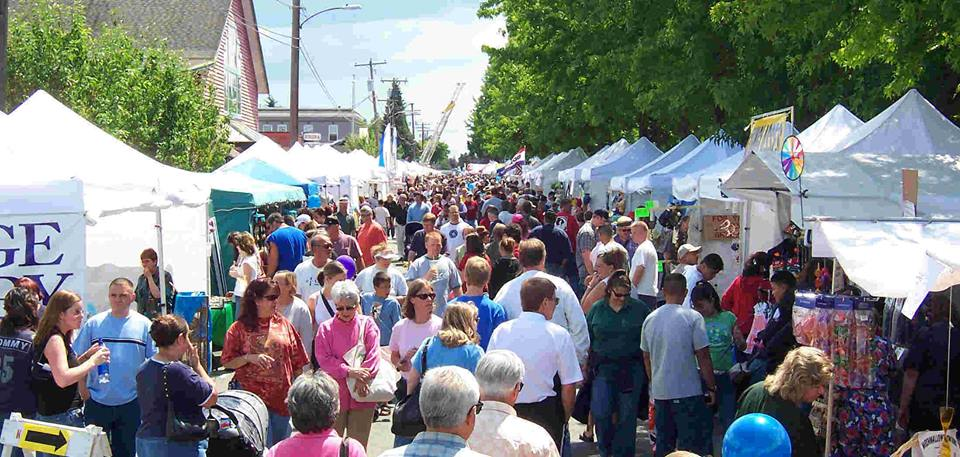 2nd Annual Louisa Street Festival - June 9th | 10am-4pmTown of Louisa: Courthouse Square Louisa, VA 23093Come out and enjoy the 2nd Annual Louisa Street Festival and the glorious Town of Louisa! More than 100 Vendors, Live Music, Carriage Rides, Fantastic Food, Kids Activities & So Much More!! Admission is free,