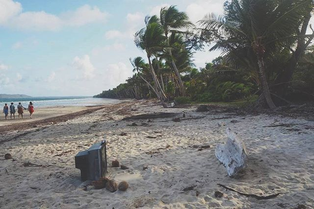 This weather's got me dreaming of palm-fringed shores, rainforest camping and zero phone/email/Netflix distractions... 🤔 #capeyork