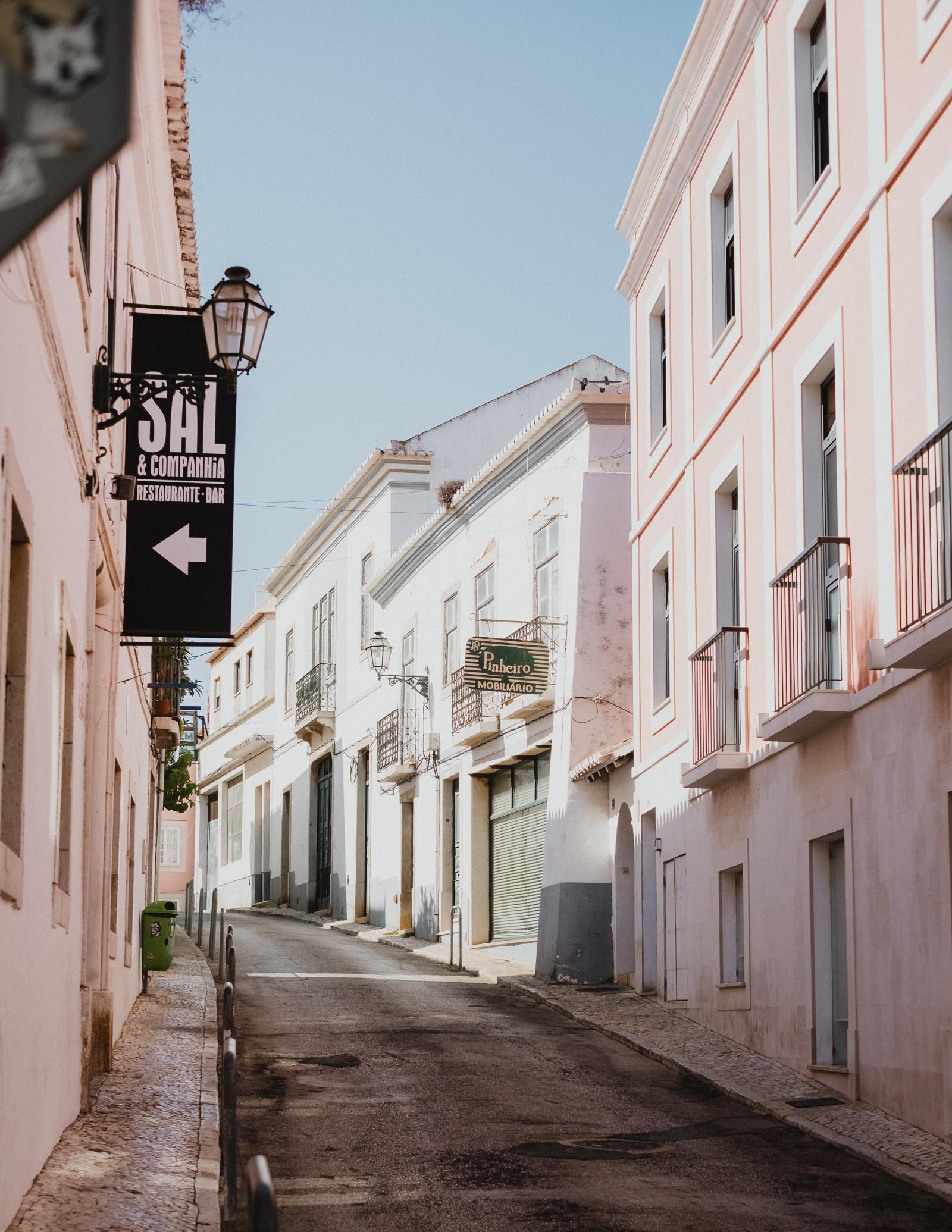portugal-pink-alleyway.jpg