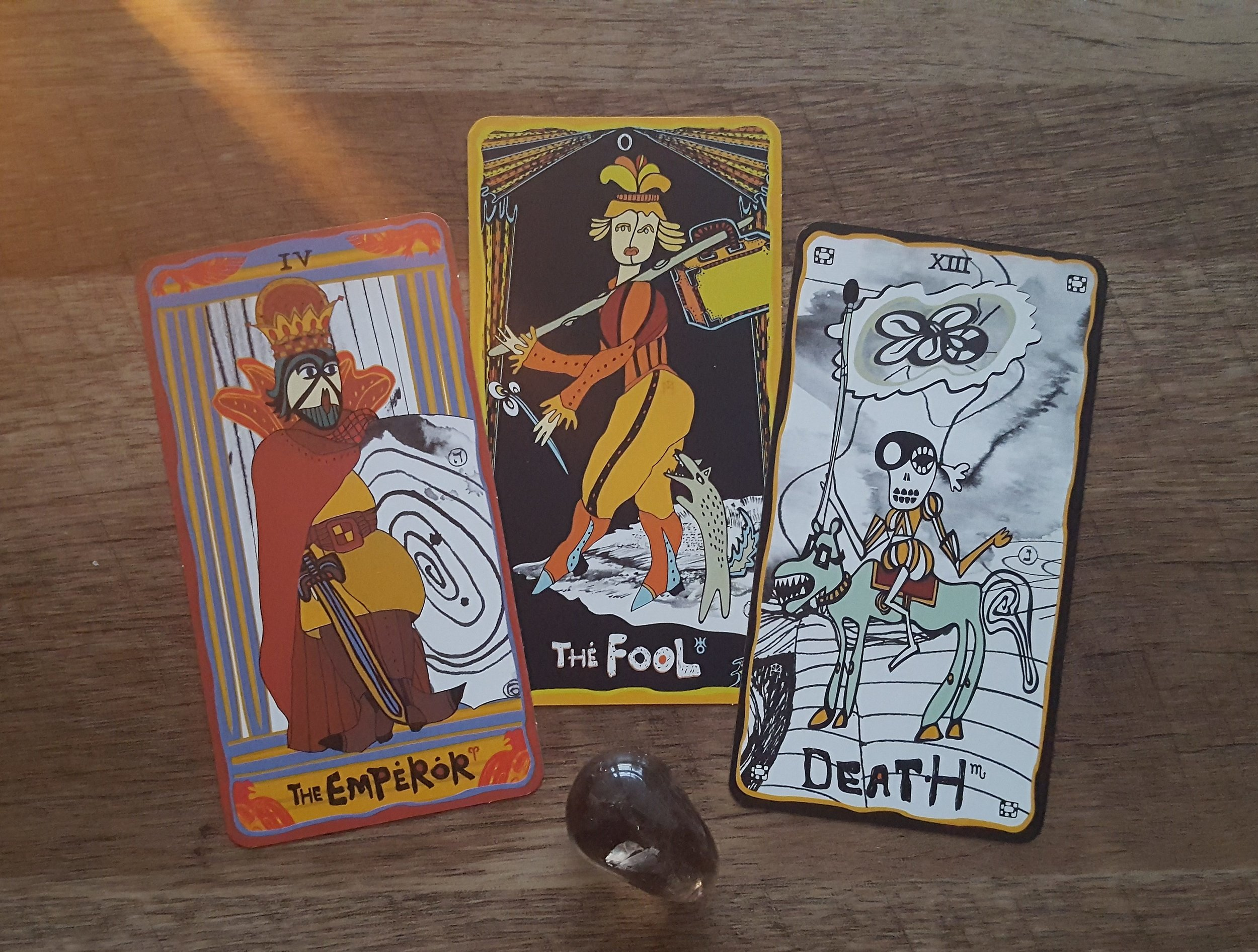 Majors from the Sakki Sakki Tarot; interesting to note, The Emperor & Death are related by their numbers 4 & 13 (1+3=4)