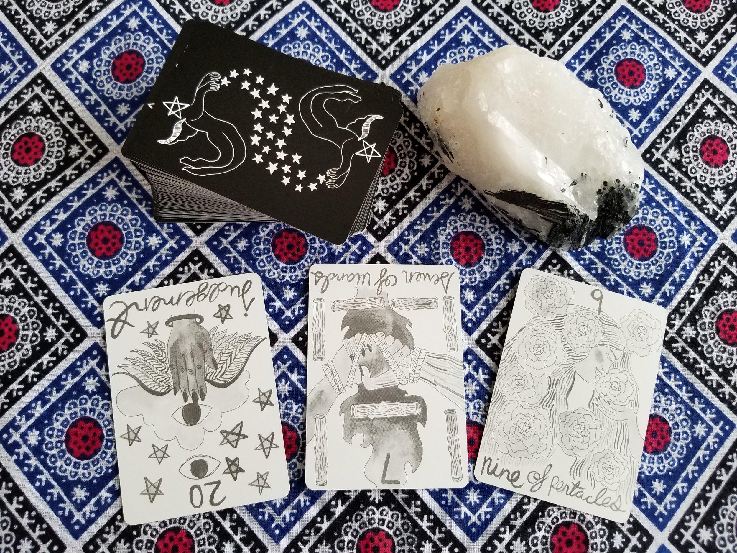 reading from the Divina Tarot
