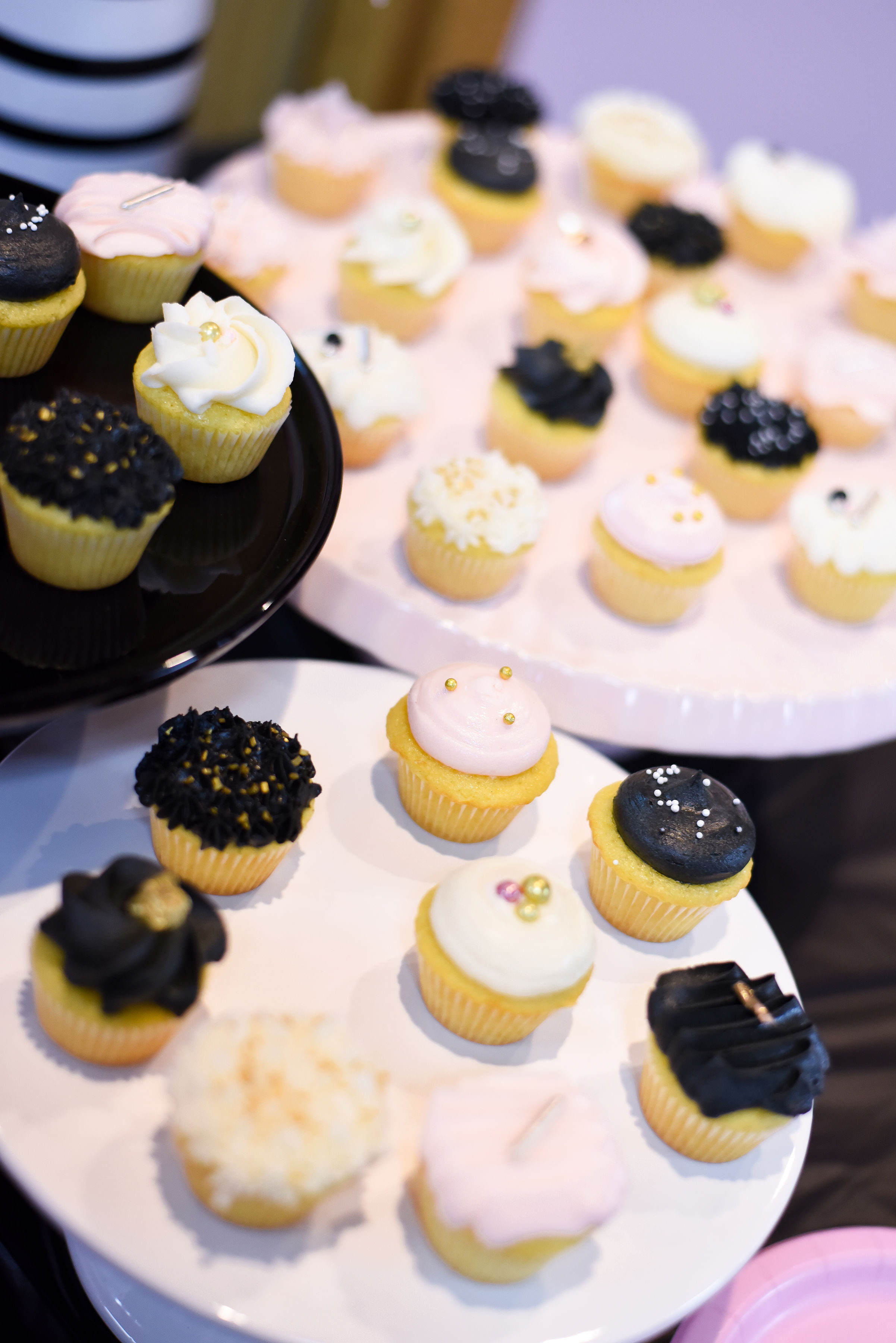 Adorable mini cupcakes were provided by  Cleveland Sweets.   Photo by Stephanie Penick Photography.