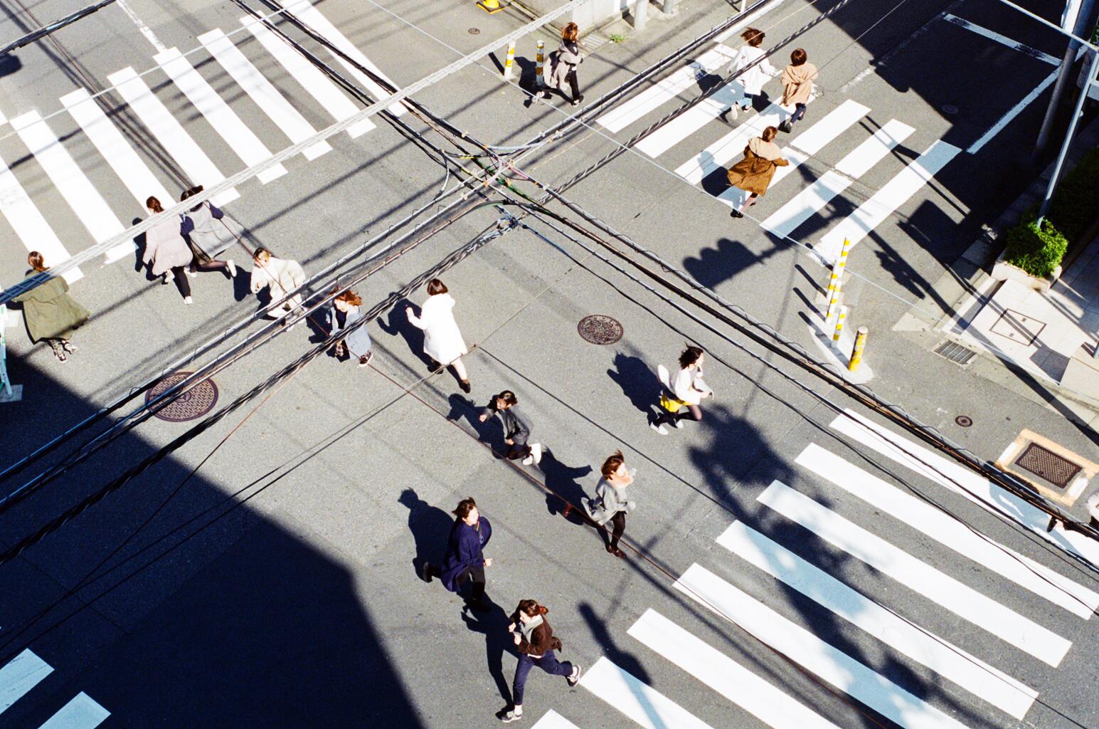 Women running on a coat_6.jpg