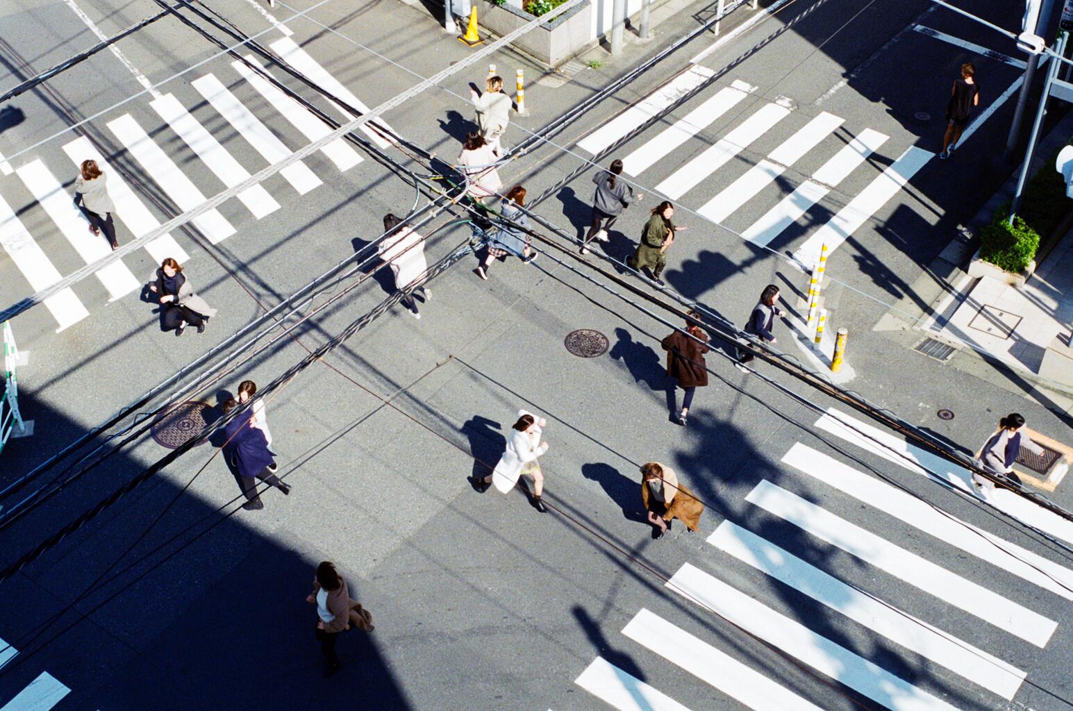 Women running on a coat_9.jpg