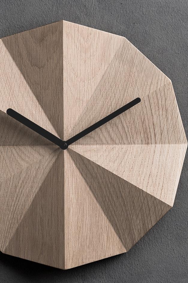 Lawa+-+Delta+Clock.jpg