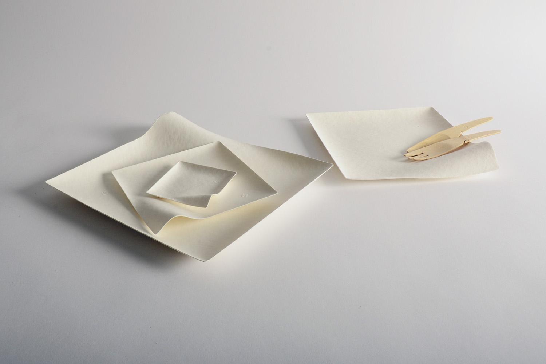 Vajilla WASARA fabricada con materiales compostables (residuos de caña de azúcar y bambú)