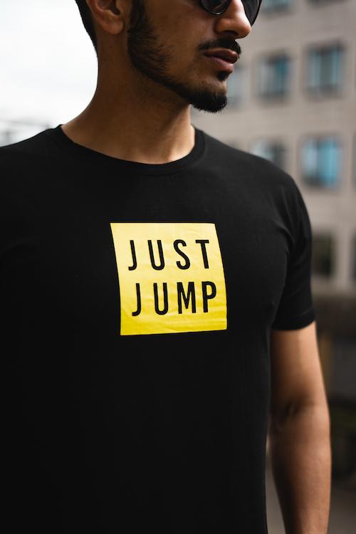 T-shirts & tops -
