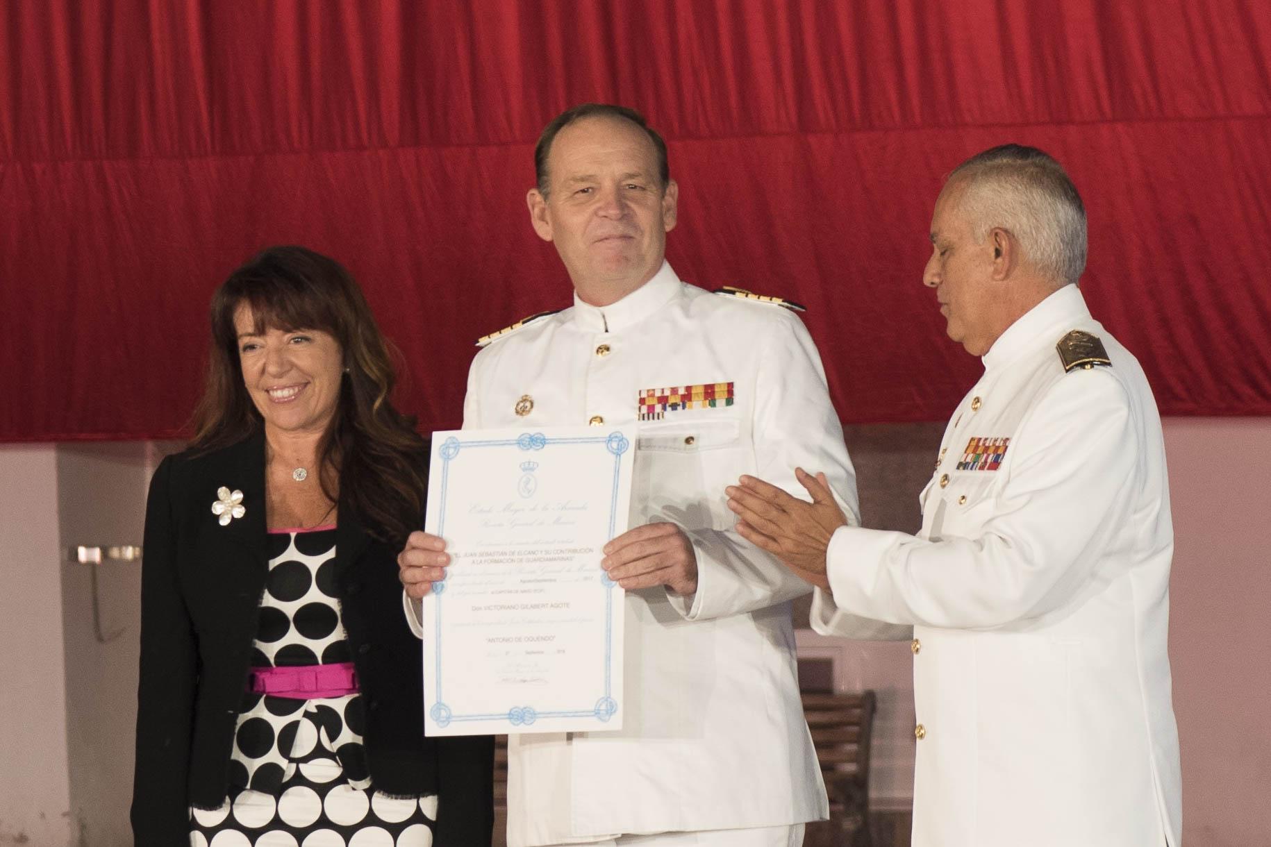 Eva Premios Armada.JPG