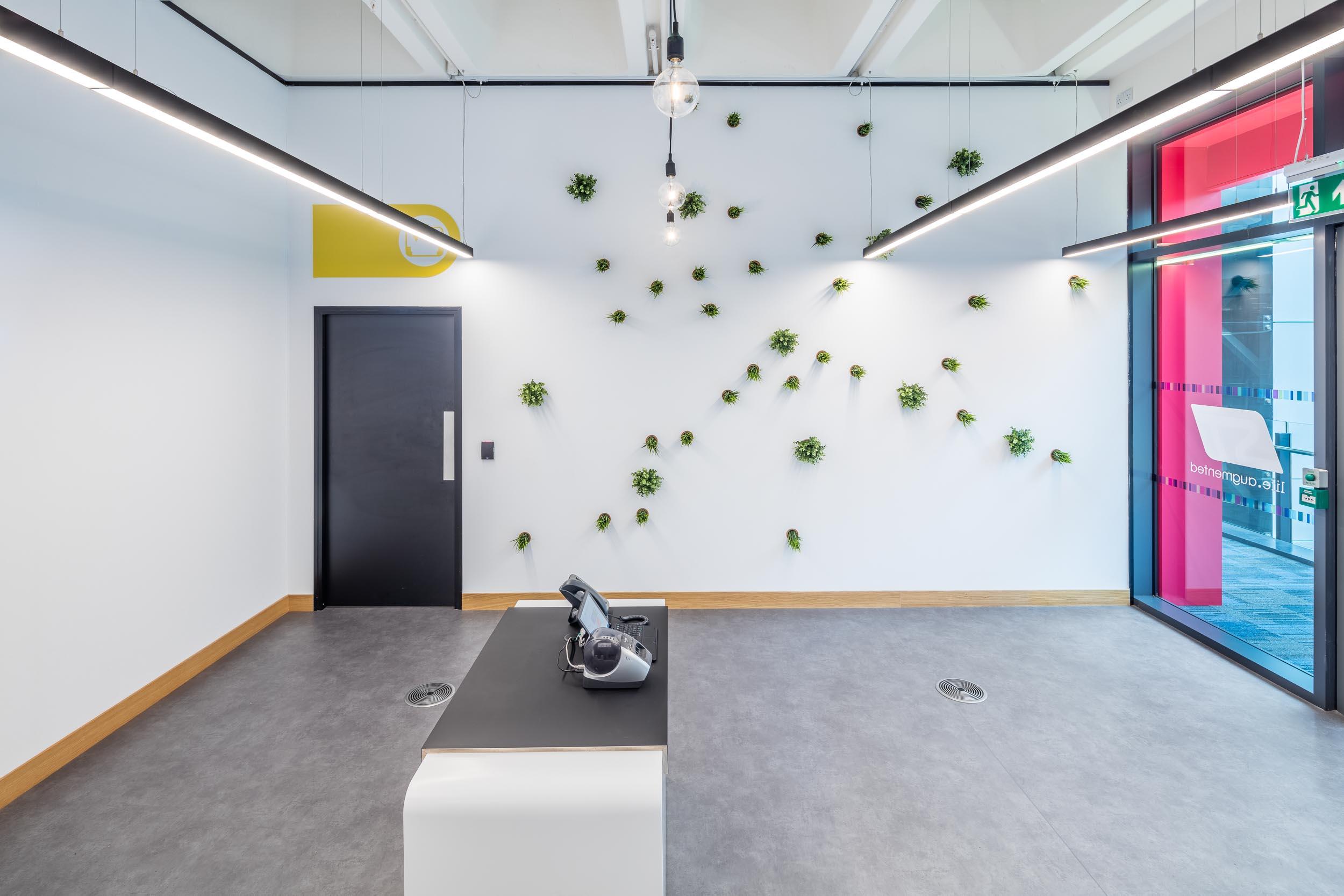 Office reception design.jpg