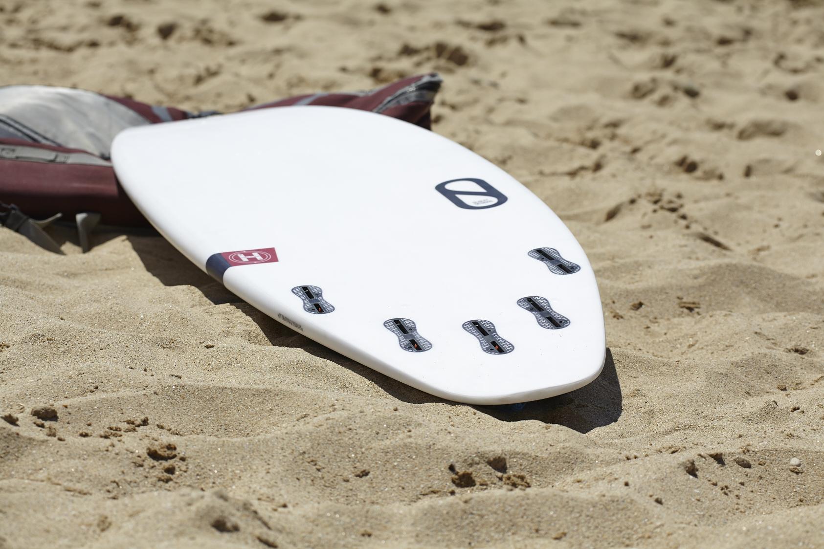 FireWire-Test-IleDeRé-Revesd'îles-Surfshop- (1) .jpg