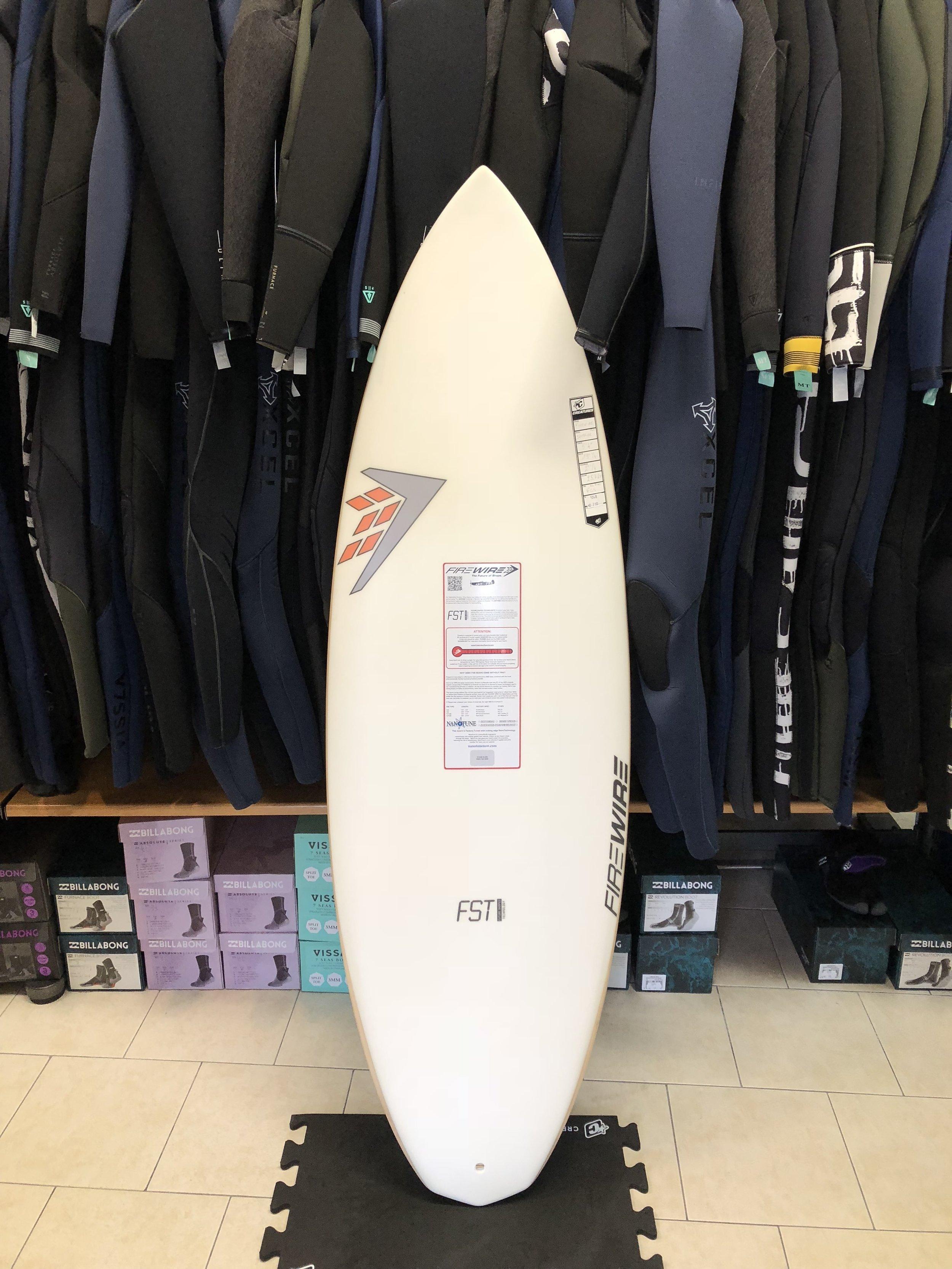 Planche-surf-promo-occasion-reves-d-iles-ile-de-re-Spitfire1.JPG