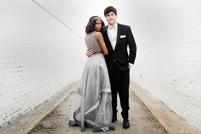 It's Prom Season! . . . #prombeauties #prompic2k17 #atlantaprom #prom2017 #prom #promdress #aboveaverage #fashionpost #instastyle #fblogger #lookbook #fashionlover #outfitoftheday #HypeBeast #vscoportrait #ig_mood #discoverportrait #portraitphotography #weloveatl #whyiloveatl #discoveratl  #focalmarked