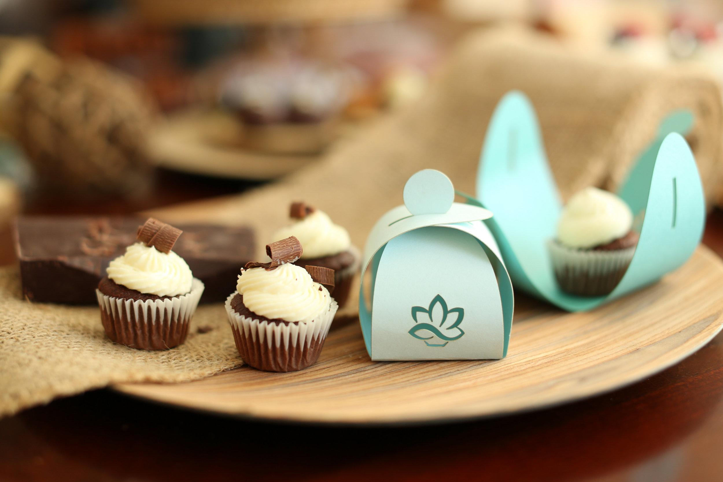 edible event favors_cupcake favors_mini cupcake favors_ gluten free favors_macaron favors_personalized edible favors.jpg