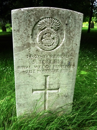 13629 CORPORAL              S. TOLLEY           ROYAL WELCH              FUSILIERS     21 ST NOVEMBER 1918                       †