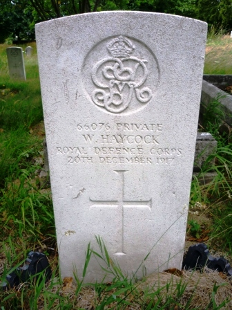 66076 PRIVATE            W. HAYCOCK  ROYAL DEFENCE CORPS  20TH DECEMBER 1917                      †