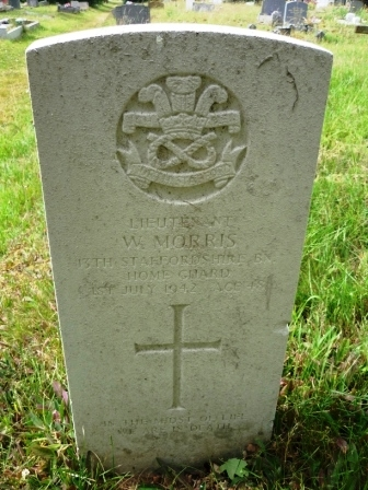 LIETENANT             W. MORRIS  13TH STAFFORDHIRE BN        HOME GUARD   1ST JULY 1942 AGE 48                     †  IN THE MIDST OF LIFE     WE ARE IN DEATH