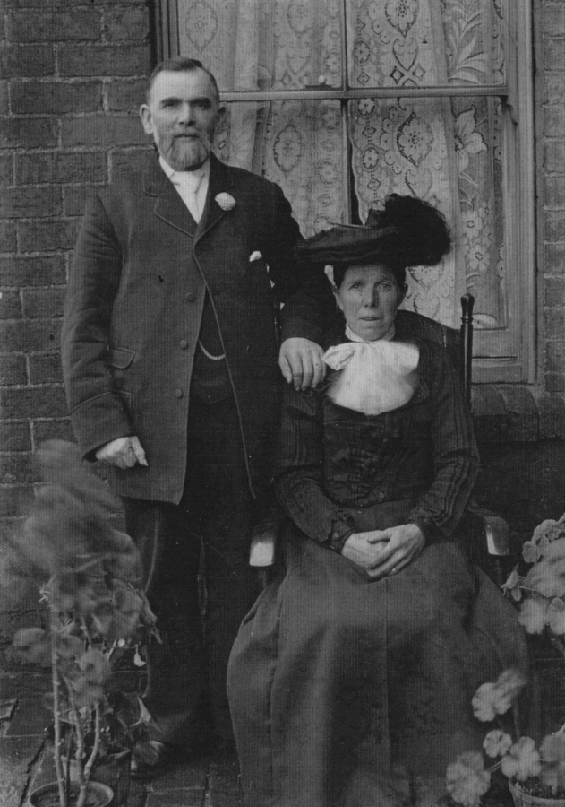 Walter's parents, Enoch and Emma EVANS