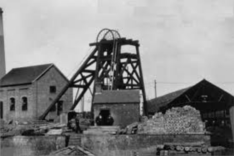 """Fair Lady"" Coppice Colliery, Heath Hayes"