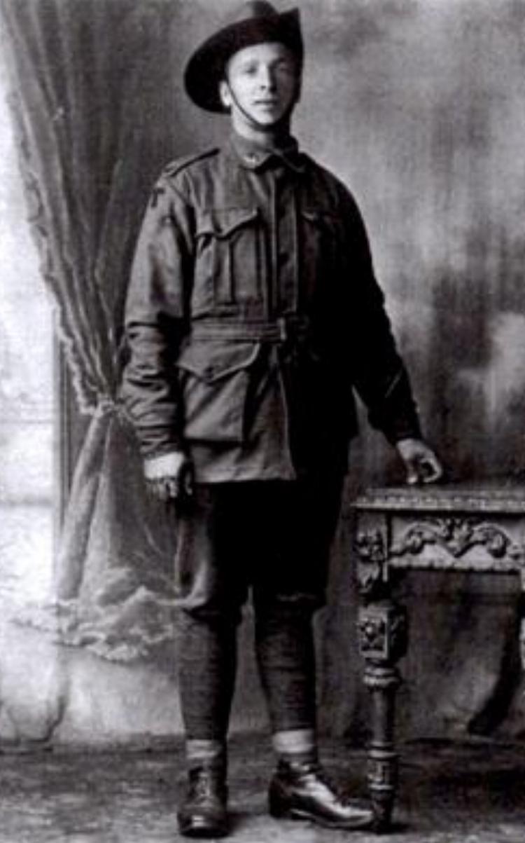Jonaas Lees (known as Dickie)