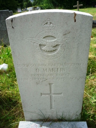 3030850 AIRCRAFTMAN     2ND CLASS D. MARTIN         ROYAL AIR FORCE     14TH SEPTEMBER 1945                 AGE 20                       †      HAPPY AND SMILING        ALWAYS CONTENT   LOVED AND RESPECTED
