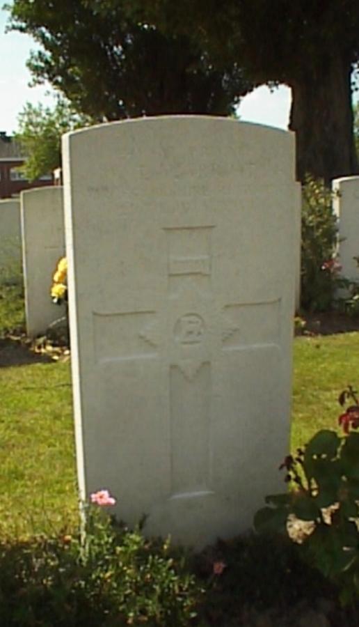 Photograph of William Thomas Marriott's headstone