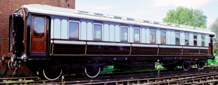 Photo of London & North Western Railway carriage in traditional livery