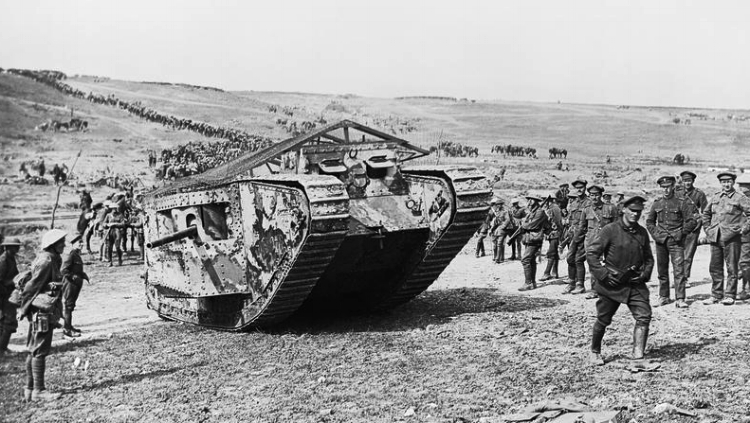 "Mark I tank C19 ""Clan Leslie"" in Chimpanzee Valley preparing for the advance on Flers."