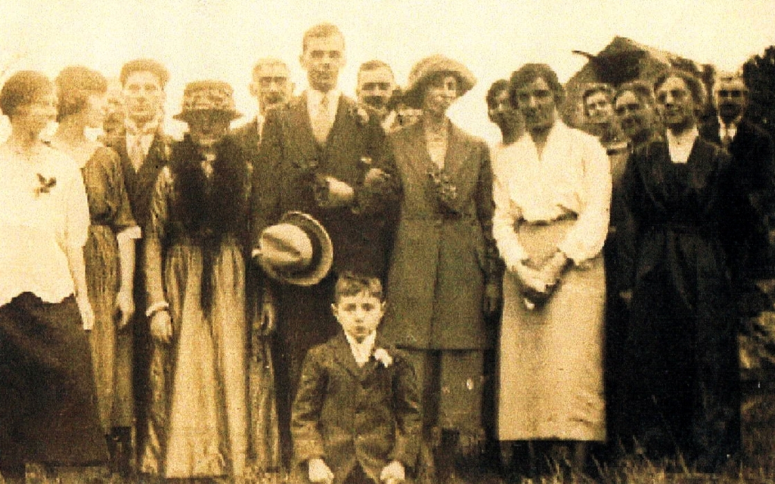 The marriage of Frederick Plant and Elsie Adams at Wirksworth Parish Church, 4 October 1922.