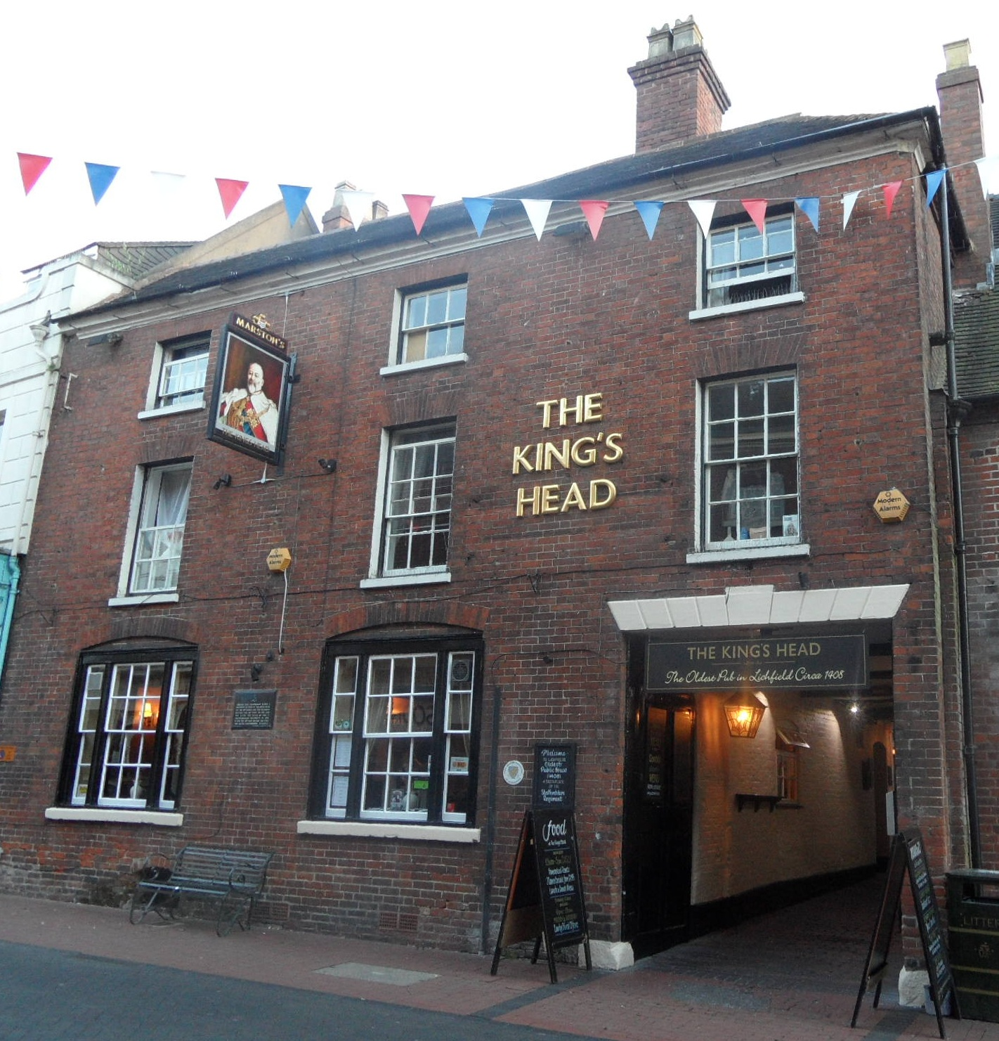 The King's Head Pub in Bird Street, Lichfield. It is an old coaching inn dating back to 1408 and was the birthplace of the South Staffordshire Regiment.