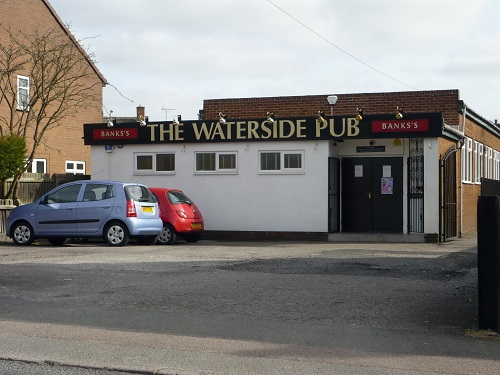 the waterside pub.JPG