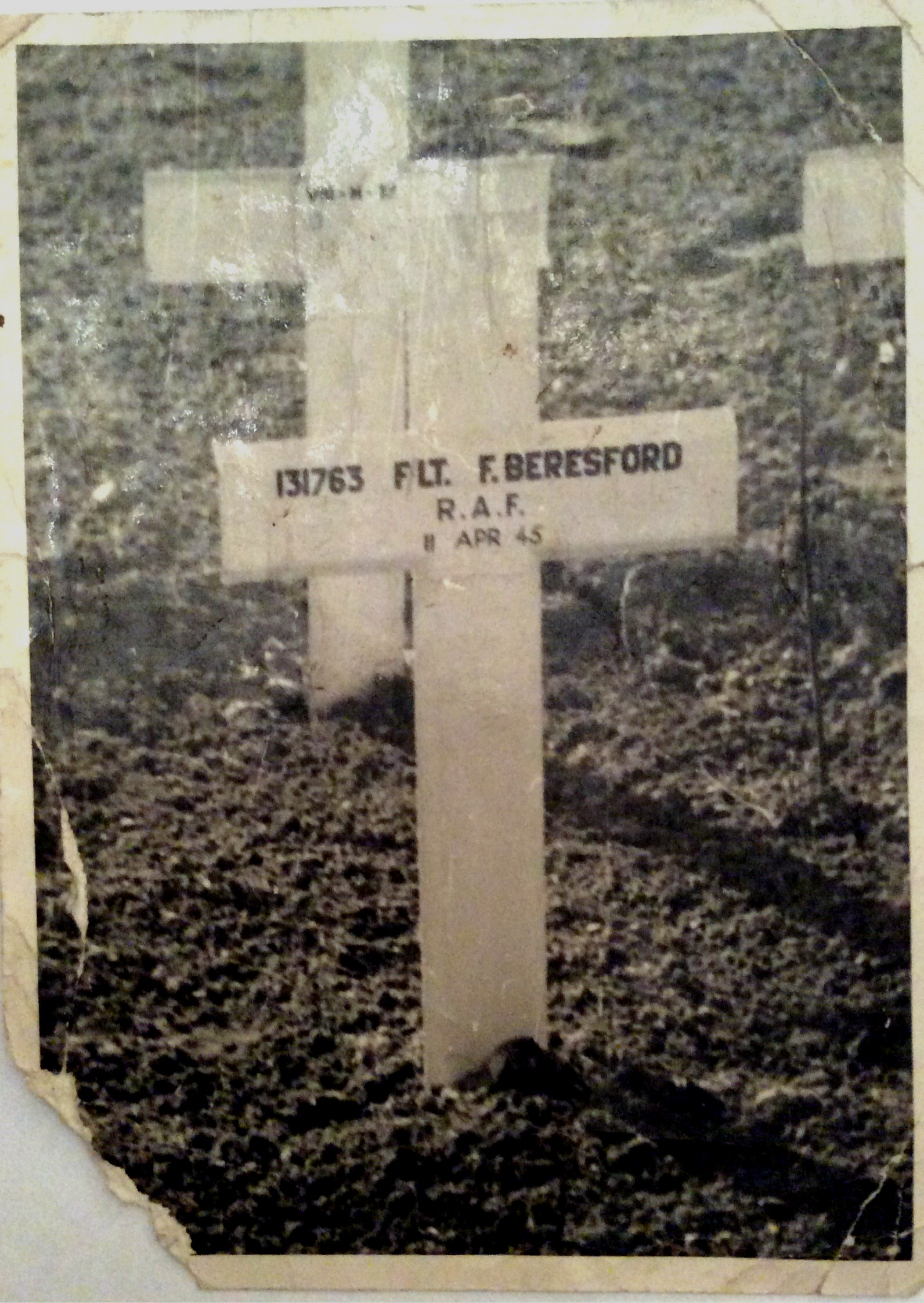 Photograph of the cross marking Frank Beresford's original grave