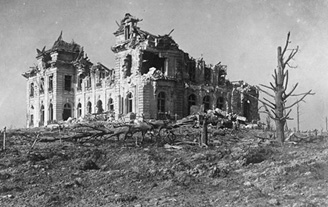 What remained of Hollebeke Chateau in March 1916