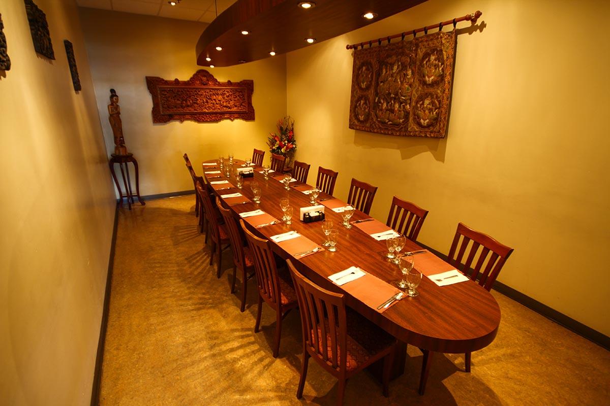 restaurant_les_delices_de_thailande_salle_0925_1200.jpg