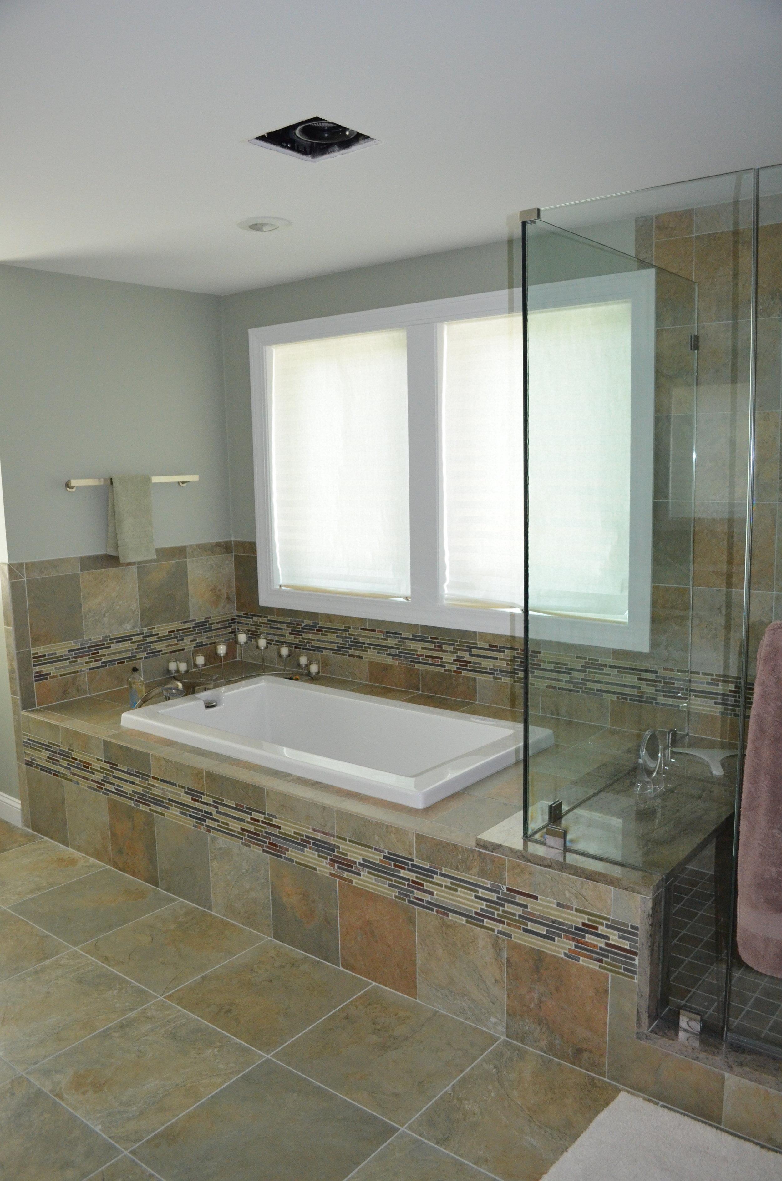 Home-Bathroom-Vertical#1.jpg