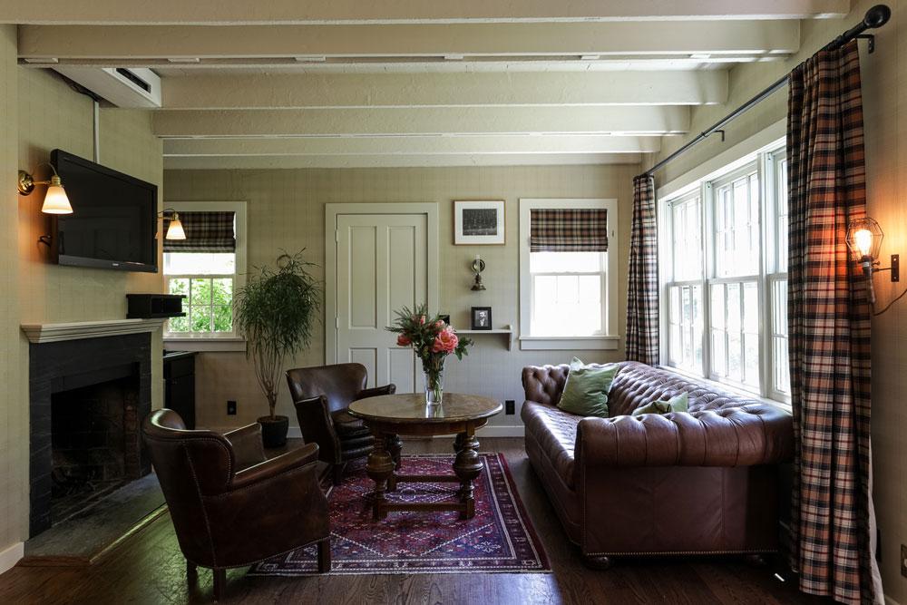 the-maidstone-Cottage-Big-Nobel-Living-Room-2.jpg