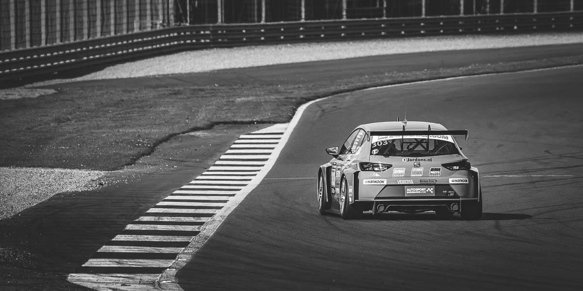 24HR-Touring-Car-Endurance-Silverstone-006.jpg