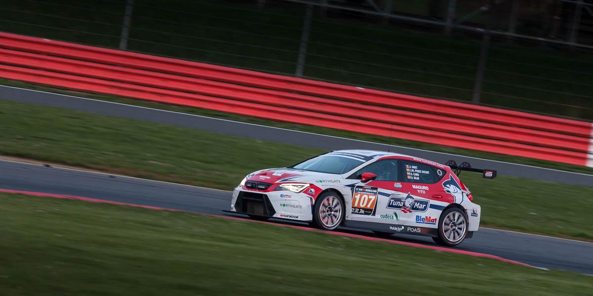 24HR-Touring-Car-Endurance-Silverstone-011.jpg
