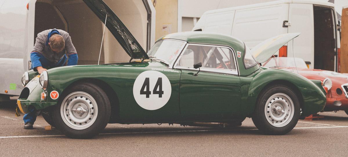 Aston-Martin-Club-Racing-Silverstone-007.jpg