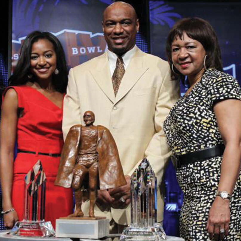 2019 - WALTER PAYTON FAMILY - Pro Football Hall of Famer Walter Payton was an influential leader on and off the football field. His family continues his legacy with dignity and honor through The Walter and Connie Payton Foundation, The Walter Payton Liver Center and The Jarrett Payton Foundation.