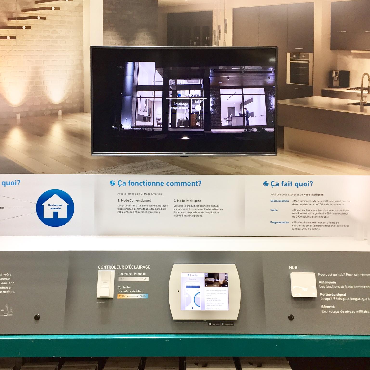 Kiosque intéractif avec iPad Smartika.png