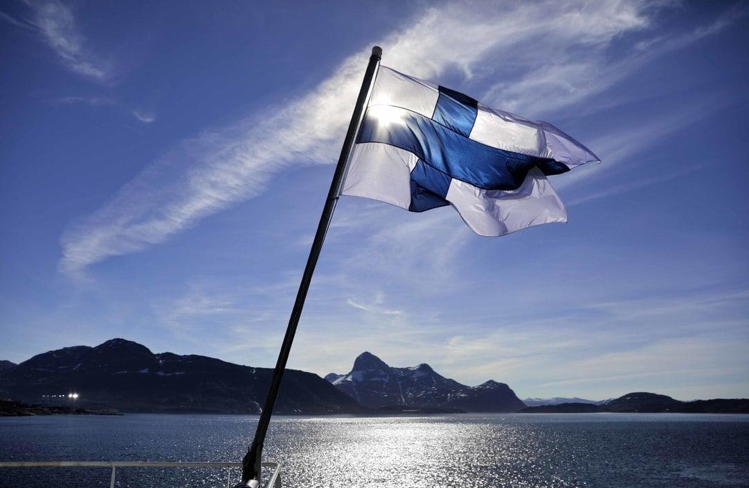 Fin Flag.jpg
