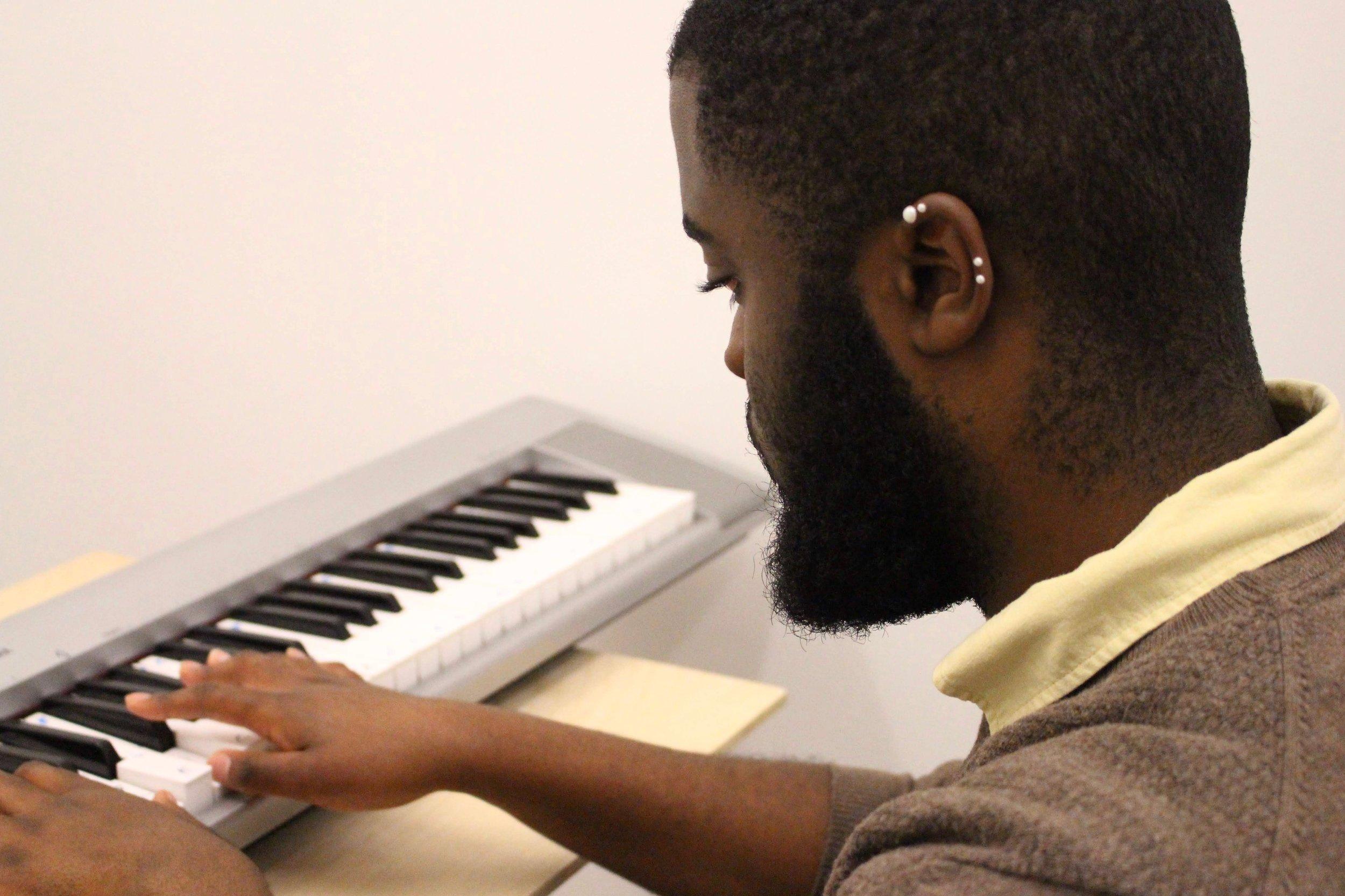Keyboardist Corneille Tshibasu
