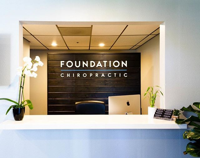 Happy #Monday from Foundation Chiropractic! It is hard to believe we have been in our new office for 7 months! Have you visited us yet? We love all the feedback we have received on our space, including the great #energy that all the #plants 🌱🌵 bring. Now we need some help 🙏🏽 from you... how do we keep them alive?! Give us your tips!👇🏽 📷 @court211 . . . . . #carlsbadvillage #chiropractic #foundationcarlsbad #prenatalchiropractic #prenatalchiropractor #chiropractor #chiropractors #plantlover #greenthumb #plantlady #orchid #freshair #fiddleleaffig #bamboo