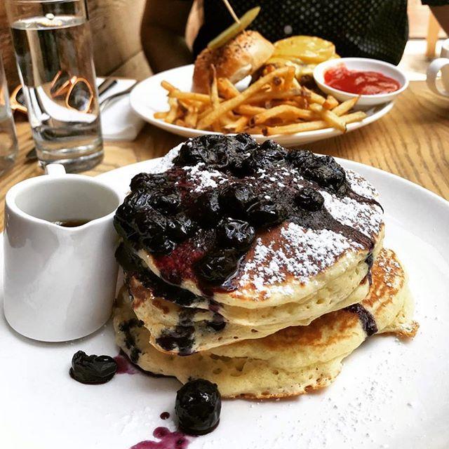 Brunch at K's looks like this. . . . . .  #kleinbergs #bedstuy #brunch #burger #pancakes #brooklyn